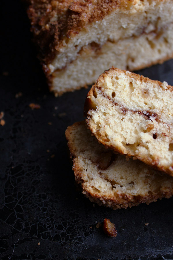 Apple Cinnamon Loaf Cake | thefoodiesway.co.uk