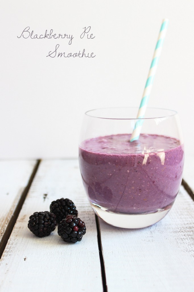 Blackberry Pie Smoothie | thefoodiesway.co.uk