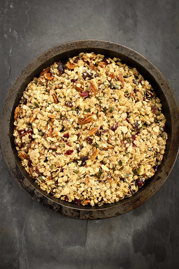 Honey, Pecan & Granola Baking Tray|thefoodiesway.co.uk