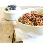 Honey, Pecan & Granola Blueberries|thefoodiesway.co.uk