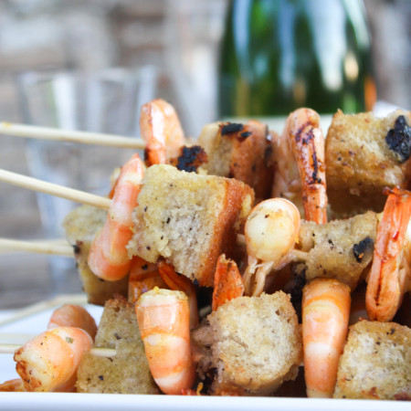 Marinated King Prawns and Ciabatta Skewers with Herby Borlotti Beans|thefoodiesway.co.uk