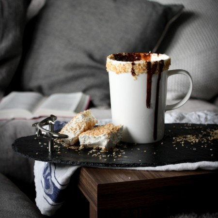 Hygge + Coconut Hot Chocolate|thefoodiesway.co.uk