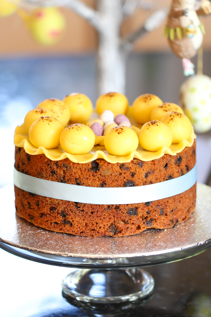 Simnel Cake Easter |the foodiesway.co.uk